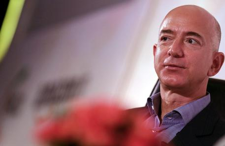 2014 anno nero per Amazon e Jeff Bezos